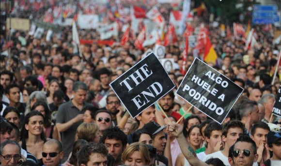 En Madrid los manifestantes se han desgañitado con eslóganes contra el Gobierno. Foto: Dominique Faget/AFP.
