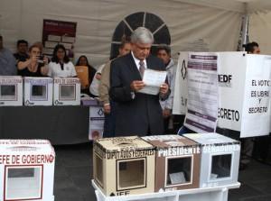 Andrés Manuel López Obrador, candidato del Movimiento de Regeneración Nacional y de las izquierdas, llamó a salir a votar con libertad. La Jornada / Carlos Ramos Mamahua