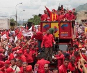 Hugo Chávez en campaña