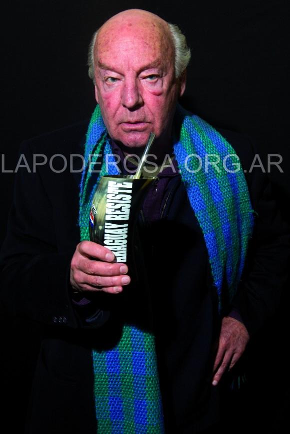 Eduardo Galeano en el número de julio de la revista La Garganta Poderosa.