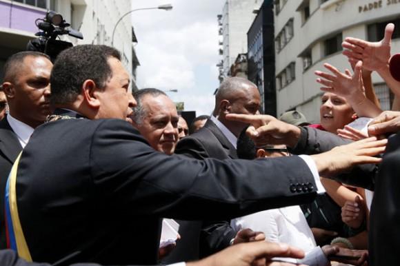 Hugo Chávez a su llegada a la Asamblea Nacional. Foto: Veronica Canino / AVN