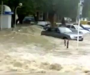 Más de 40 mil evacuados por inundaciones en la India
