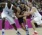 El argentino Enmanuel Ginobili, indetenible ante Francia, fue el máximo encestador de la segunda jornada del baloncesto masculino. Foto: Daylife