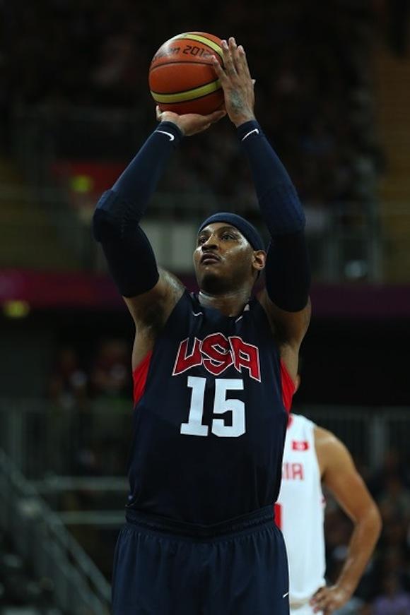 Carmelo Anthony fue un tren desde la banca norteña. Foto: Getty Images