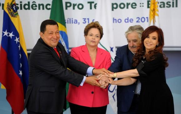 Chávez, Dilma, Mujica y Cristina en Cumbre de Mercosur.