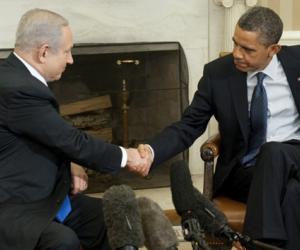 Obama saluda a Benjamin Netanyahu primer ministro de Israel. Foto: AFP
