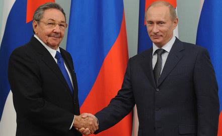 Raúl y Putin en un encuentro en Moscú en el 2009. Foto: ITAR TASS