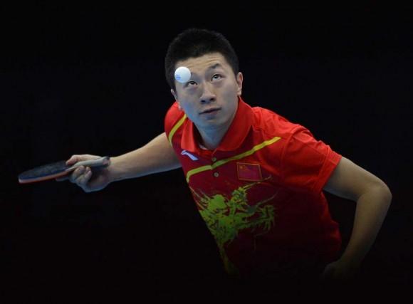 El chino Ma Long durante la competencia de tenis de mesa. Foto: AFP