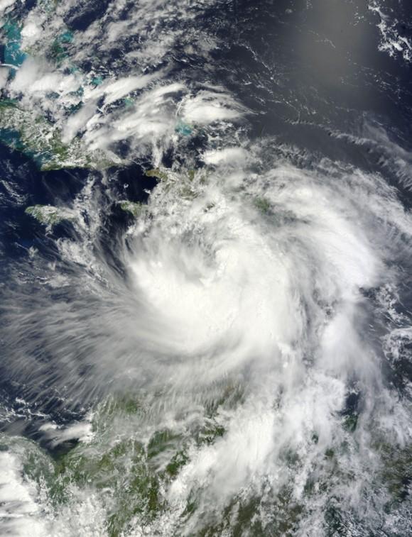 Isaac visto desde un satélite de la NASA