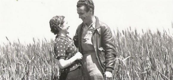 Arturo y Julia en Chiva (Valencia) durante la Guerra Civil