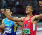 Ashton Eaton, de Estados Unidos, dominó ampliamente el Decatlón del atletismo olímpico