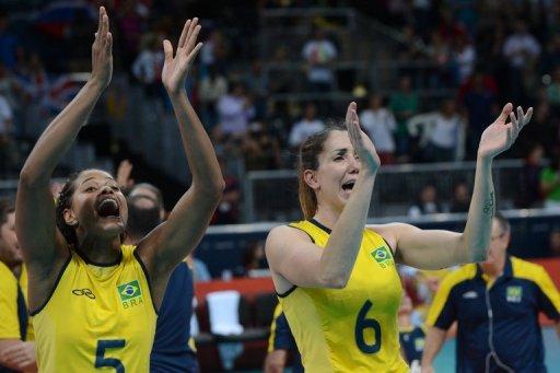 Brasil en semifinales del voleibol femenino tras vencer a Rusia. Foto: AFP