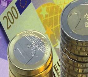 ¿Se hunde o se salva el euro?
