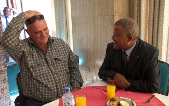 Orlando Cardoso Villavicencio. Héroe de la República de Cuba. Prisionero en Lanta Buur, Somalia, durante casi 11 años, junto a su compañero de prision el etiope Assegid. Foto: Ismael Francisco/Cubadebate.
