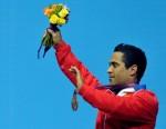 Iván Cambar logró hoy medalla de bronce en la división de los 77 kilogramos del levantamiento de pesas. Foto: Marcelino Vázquez Hernández/AIN