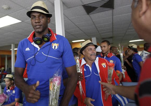 Llegan a la Habana deportistas participantes en las Olimpiadas de Londres 2012. Foto: Ismael Francisco/Cubadebate.
