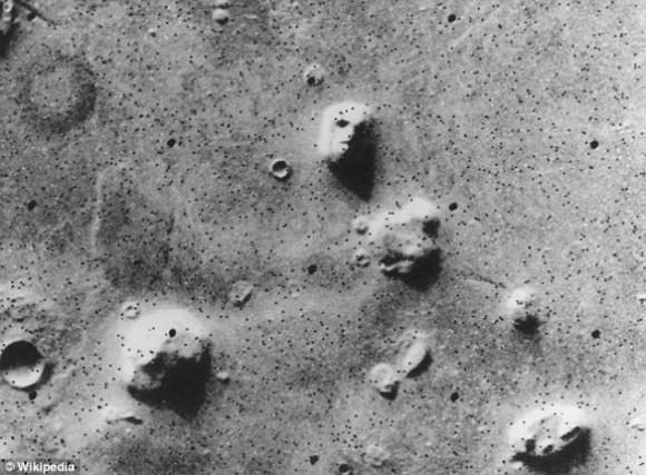 La famosa 'cara' de Marte, que teóricos de la conspiración era reclamado pruebas de vida extraterrestre en el planeta rojo