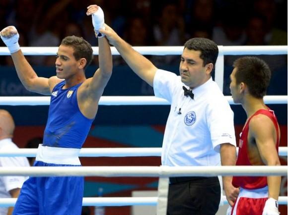 Robeisy Ramírez, boxeador cubano, venció al mongol Tugstsogt Nyambayar en la final de 52 kgs. Foto: APP