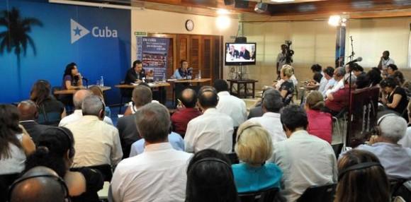Videoconferencia La Habana-Washington sobre el caso de los Cinco Héroes Cubanos Presos Injustamente en EE. UU., en el teatro Camilo Cienfuegos del Ministerio de Relaciones Exteriores (MINREX), el 17 de septiembre de 2012. AIN FOTO/Marcelino VAZQUEZ HERNANDEZ/