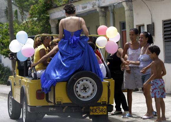 Quinceañera. Foto: Ismael Francisco/Cubadebate.