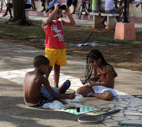 Niños jugando. Foto: Ladyrene Pérez/Cubadebate.