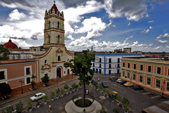 Iglesia  La Merced y Plaza de los Trabajadores. Foto:Ismael Francisco/Cubadebate.