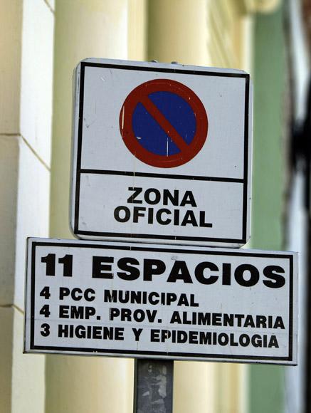 Distribución de parqueo.  Foto: Ismael Francisco/Cubadebate.