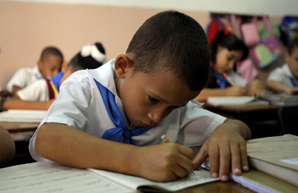 Voy a responder rápido. Foto: Ismael Francisco/Cubadebate