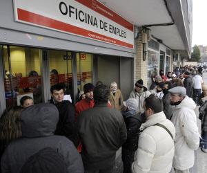 Alarmante crecimiento en España de desempleados con titulación superior