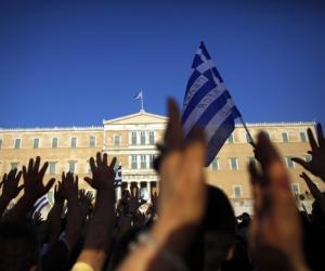 http://www.cubadebate.cu/wp-content/uploads/2012/09/grecia-protestas.jpg
