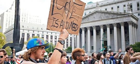 Miembros de OWS en Foley Square este domingo 16 de septiembre. Andrew Burton/Getty Images/AFP