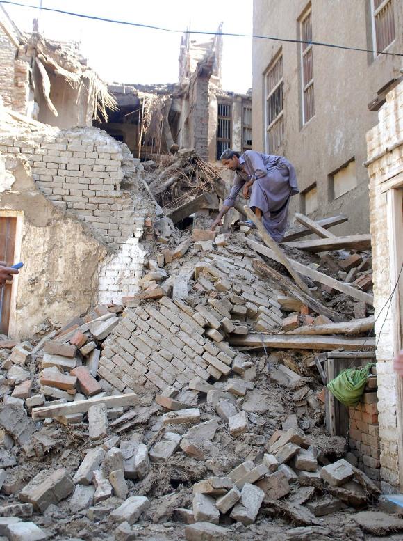 Al menos 78 personas murieron, tras las torrenciales lluvias monzónicas, que afectan a diversas zonas de Pakistán desde el pasado sábado.