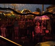 Público que permanece, como los músicos. Foto: Jorge Ramírez.