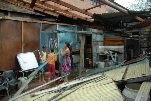 Daños ocasionados por el azote del huracán Sandy al municipio de Cueto, en la provincia de Holguín, Cuba, el 25 de octubre de 2012. AIN FOTO/Juan Pablo CARRERAS