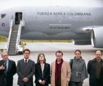 Parte de la delegación gubernamental colombiana antes de viajar hacia Noruega.