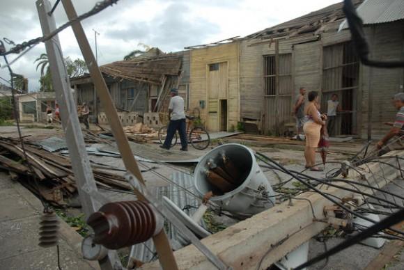 Daños ocasionados por el azote del huracán Sandy al municipio de Mayarí, en la provincia de Holguín, Cuba, el 25 de octubre de 2012. AIN FOTO/Juan Pablo CARRERAS