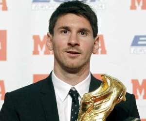 Messi recibe su segundo Botín de Oro.