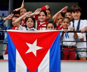pioneros-bandera-cubana