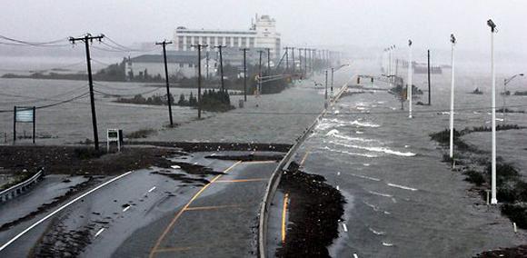 Las carreteras de Atlantic City, bajo agua. Foto: Tom Mihalek/Reuters.