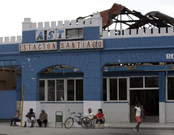 Terminal de Ómnibus de Santiago. Foto: Ismael Francisco/Cubadebate.