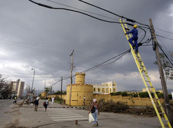Cuba: Progresa recuperación en zonas dañadas por huracán