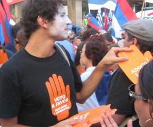 Manifestante con voto a favor de la despenalización