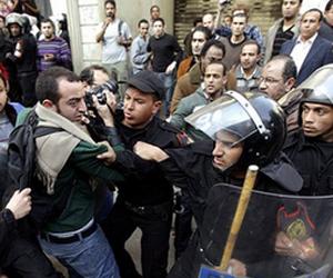 Choques en Egipto dejan saldo de decenas de muertos y cientos de heridos