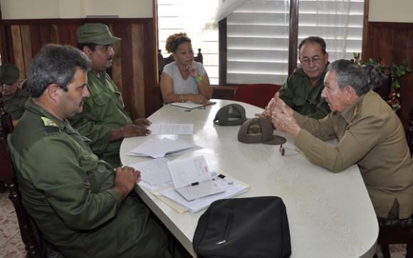El Presidente del Consejo de Defensa Municipal de La Maya informó sobre los daños sufridos por el territorio. Foto: Estudios Revolución