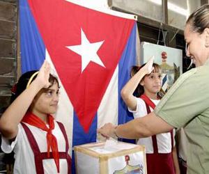 elecciones-cuba-pioneros