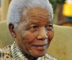 Confirma gobierno sudafricano salida de Mandela del hospital