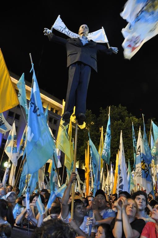 Festejos por la democracia. FOTO: Kaloian Santos Cabrera