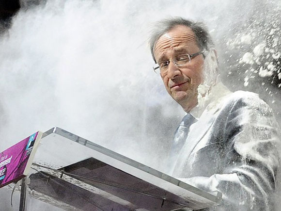 Harina para el entonces candidato Hollande. Foto: AP.