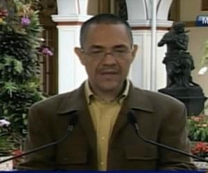 Ministro de Comunicación e Información, Ernesto Villegas.