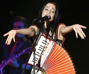 Julieta Venegas cautiva al público cubano